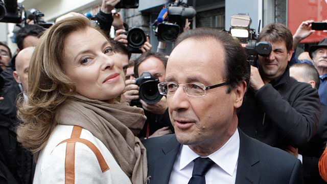 PHOTO: Valerie Trierweiler and Francois Hollande