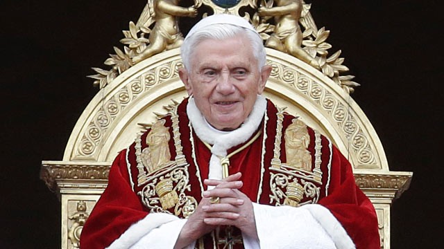 PHOTO: Pope Benedict XVI delivers his &quot;Urbi et Orbi&quot; (to the City and to the World) speech from the central loggia of St. Peter's Basilica, at the Vatican, Dec. 25, 2012.