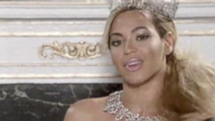 Feed Frenzy: Beyonce's Big Reveal