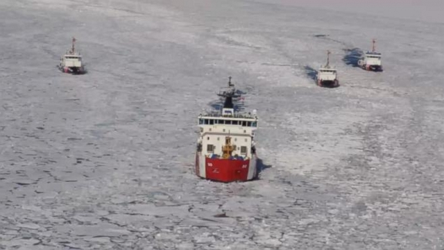 VIDEO: US Coast Guard Battles Ice, Frigid Cold to Keep Shipping Lanes Open