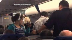 Mom Claims She, Daughter With Autism Were Kicked Off United Flight