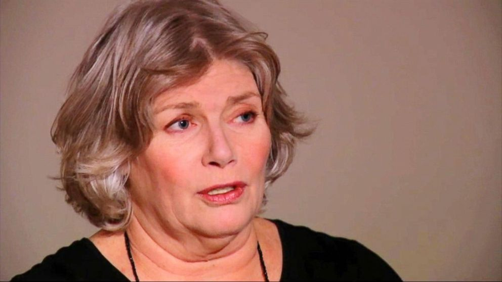 kelly mcgillis biography