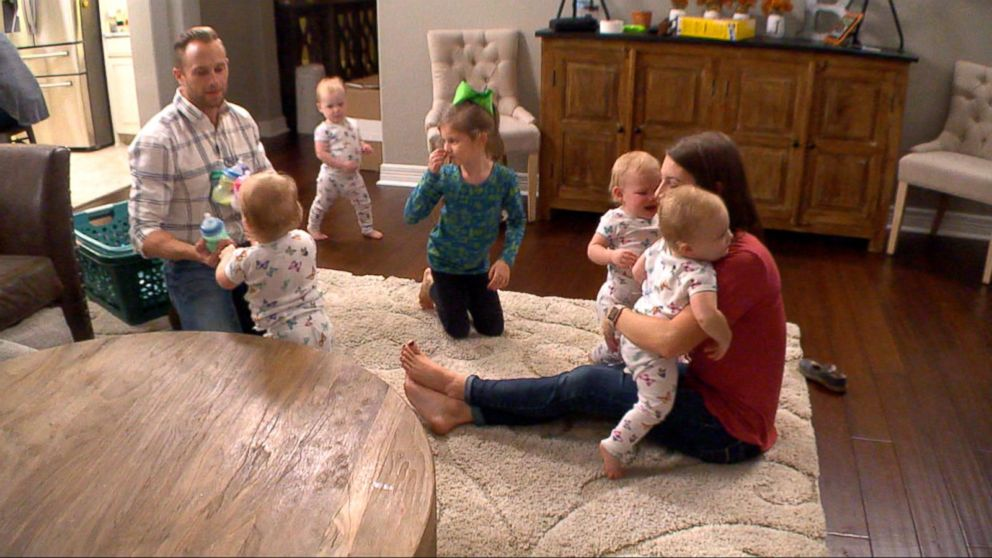 39 Outdaughtered 39 Family 39 S Journey From Reality Check To