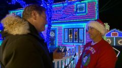 Tony Christmas Covers House in 60,000 Christmas Lights in Epic Display