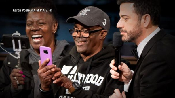 VIDEO:  Oscars 2017: Tour bus group gets the surprise of a lifetime