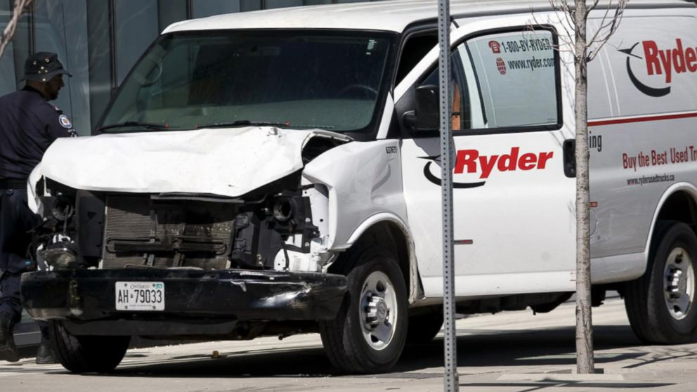 10 dead, others injured after van hits pedestrians in Toronto