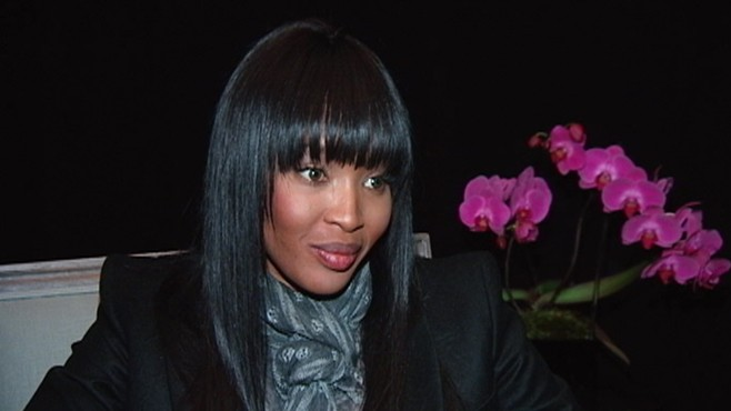 VIDEO: Naomi Campbell snaps at ABC News after asking her about receiving a blood diamond.