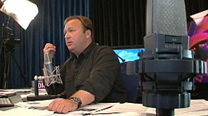 Photo: Angry in America: A Day in the Life of Alex Jones: Radio Host and Conspiracy Theorist Taps into Dark National Mood to Build Media Empire