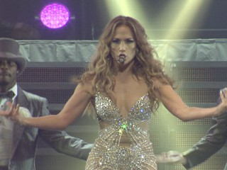 Watch: Jennifer Lopez, Enrique Iglesias on Tour