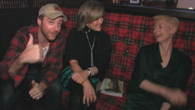 VIDEO: NYC bartender tells the Oscar winner what drink he would serve her.
