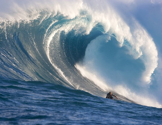 The Ocean's Most Dangerous Waves | Surf Travel, Surf Reports, Ocean ...: http://surfspots-gps.com/big-wave-surfers-and-the-oceans-most-dangerous-waves/