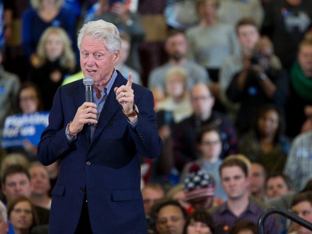 PHOTO: Bill Clinton introduces Democratic presidential candidate Hillary Clinton during a rally at Abraham Lincoln High School, Jan. 31, 2016, in Des Moines, Iowa.