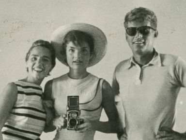 Photos: Before iPhones, Celebrities Still Found a Way to Take Selfies