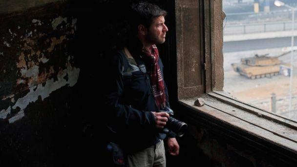 HT chris hondros testament 4 jtm 140408 16x9 608 Slain Journalist Chris Hondros Intense War Photos, Writing Published in Testament