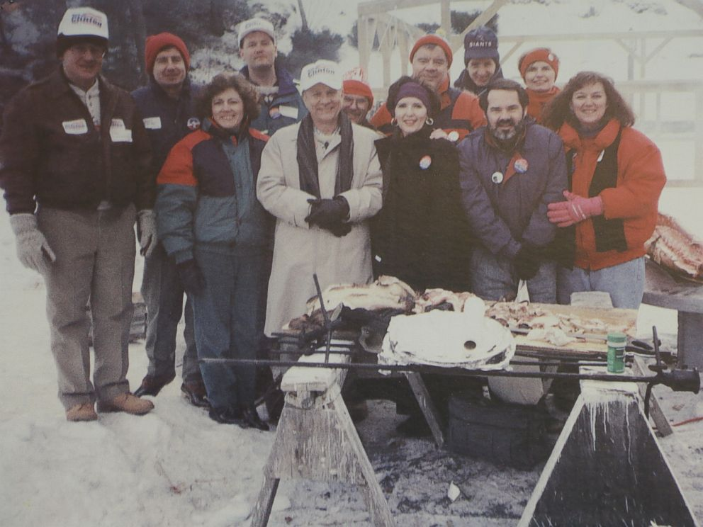 PHOTO: A group of the Arkansas Travelers for Bill during a campaign stop in 1992.