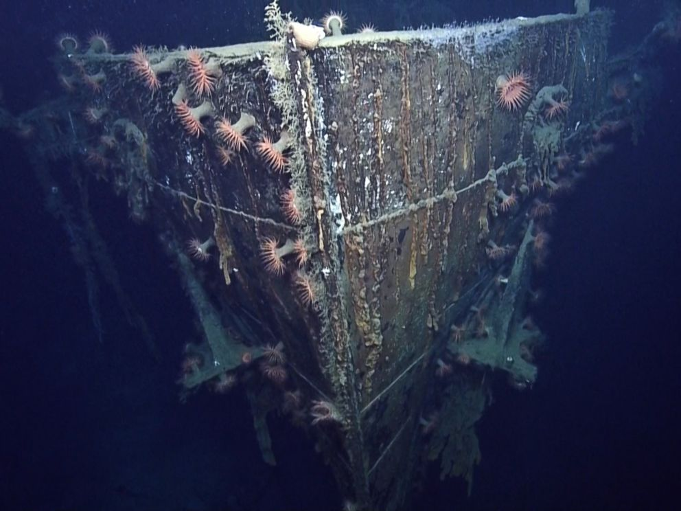 http://a.abcnews.com/images/Photos/ht_nautilus_wrecks_robert_e_lee_u-166_03_jc_140714_4x3_992.jpg