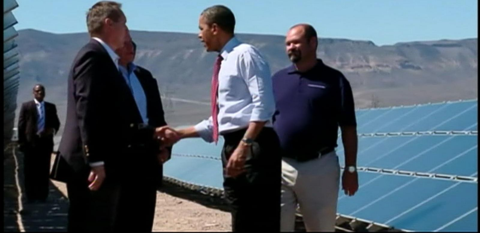 President Obama unveiled his new tough clean energy plan Monday which places new emissions standards on energy plants. ABC News' Karen Travers reports.