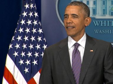 Watch:  Surprise! Obama Crashes White House Briefing for College Students