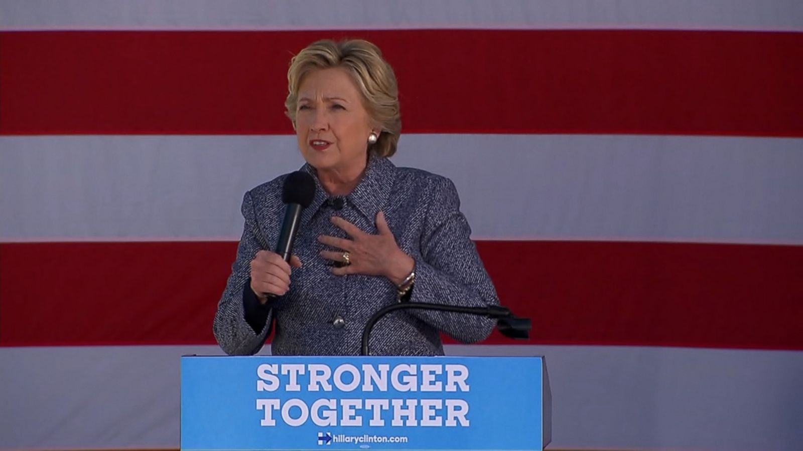 """""""I live in New York, people commute into New York from New Jersey we had about 100 commuters injured and 1 died I just want to send our thoughts and prayers to them,"""" Clinton said."""