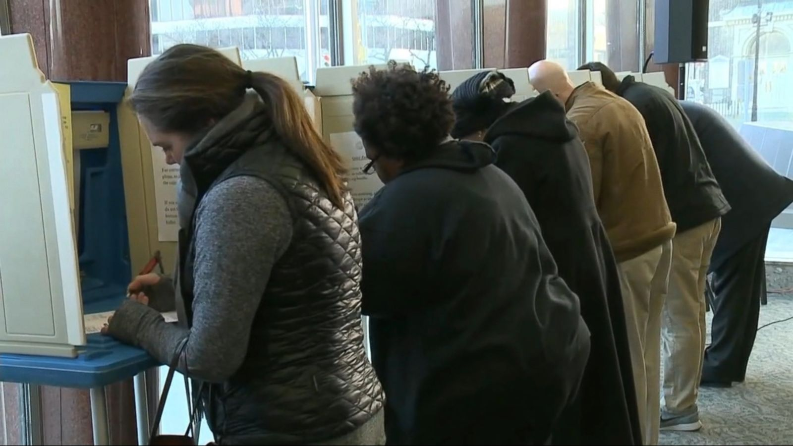 VIDEO: Michigan must begin its presidential recount at noon Monday, a federal judge ruled in a late-night order that could make it more likely the state will complete the count ahead of a Dec. 13 deadline.