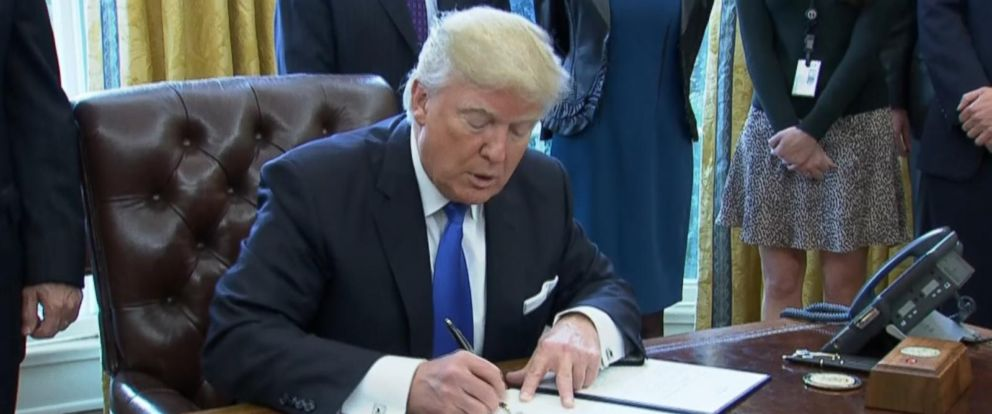 VIDEO: The Difference Between an Executive Order and a Presidential Memorandum