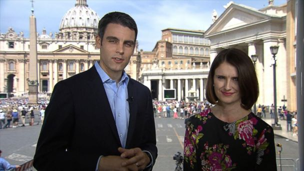 VIDEO: Pope Francis and President Trump look to bridge divides in Vatican meeting