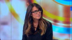 VIDEO: Los Angeles radio host Leeann Tweeden read an apology letter written to her by Sen. Al Franken.