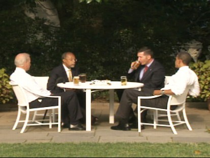 ABC News video of Obama, Gates, Biden and Crowley having beers.