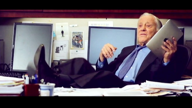 VIDEO: Ben Bradlee Teaches Bob Woodward To Use Ipad