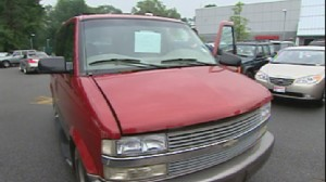 ABC News video of the Clunkers for Cash program.