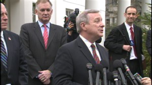 ABC News video of Gov. Quinn and Sen. Durbin heralding detainee transfer to Illinois.