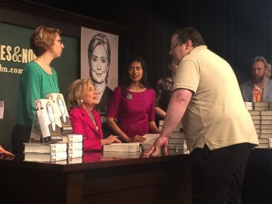 Hillary Fans Wait Through Night for Book Signing