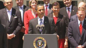Video of Obama announcing new fuel-efficiency standards.