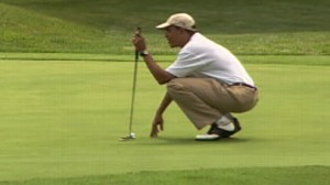 Video of President Obama golfing on vacation in Marthas Vineyard.
