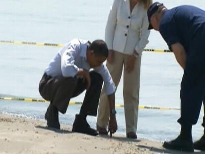 Video of President Barack Obama touring Gulf Coast oil spill damage.