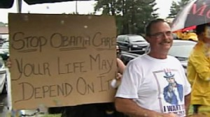Video of protesters in Portsmouth, New Hampshire outside of the presidents health care town hall event.