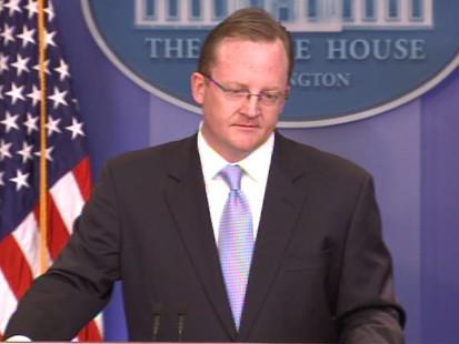Video of White House saying it will suspend Gitmo detainee transfer to Yemen.