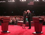 photo of joe biden and sarah palin at vp debate in st. louis