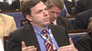 ABC News video ABC News reporter Jake Tapper asking questions at White House briefing.