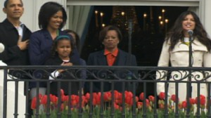 Video of singer Fergie taking the stage at the annual White House Easter egg roll.