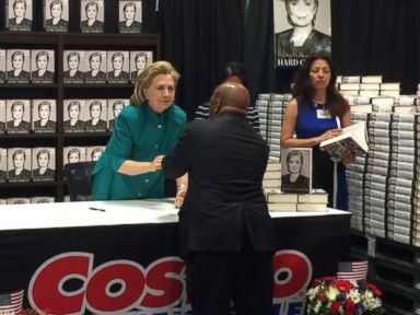Hillary Clinton Goes to Costco, Runs Into Sonia Sotomayor