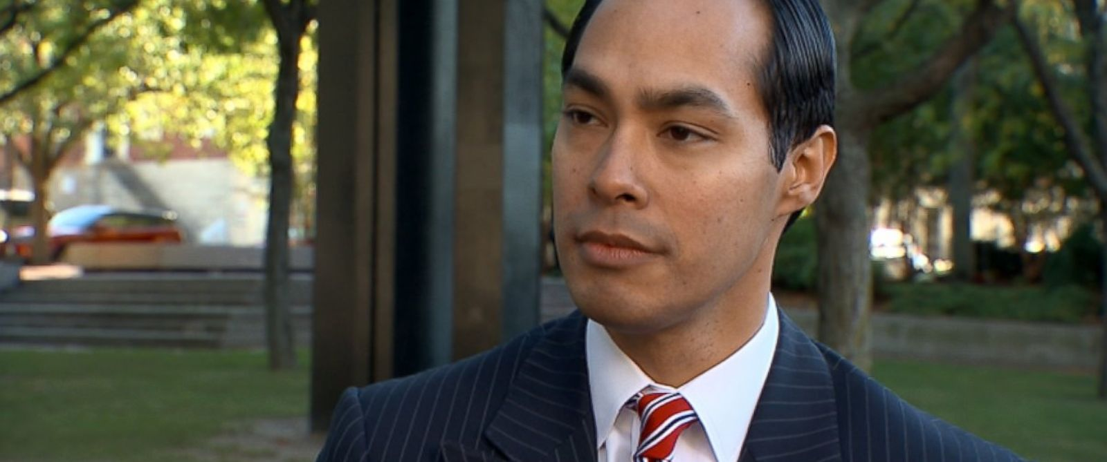 PHOTO: U.S. Department of Housing and Urban Development Secretary Julian Castro on This Week