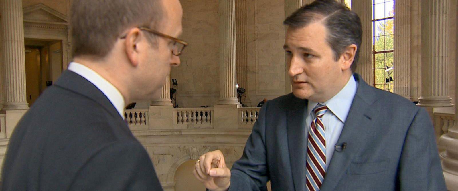 PHOTO: Sen. Ted Cruz discusses Syrian refugees with ABC Chief White House Correspondent Jon Karl.