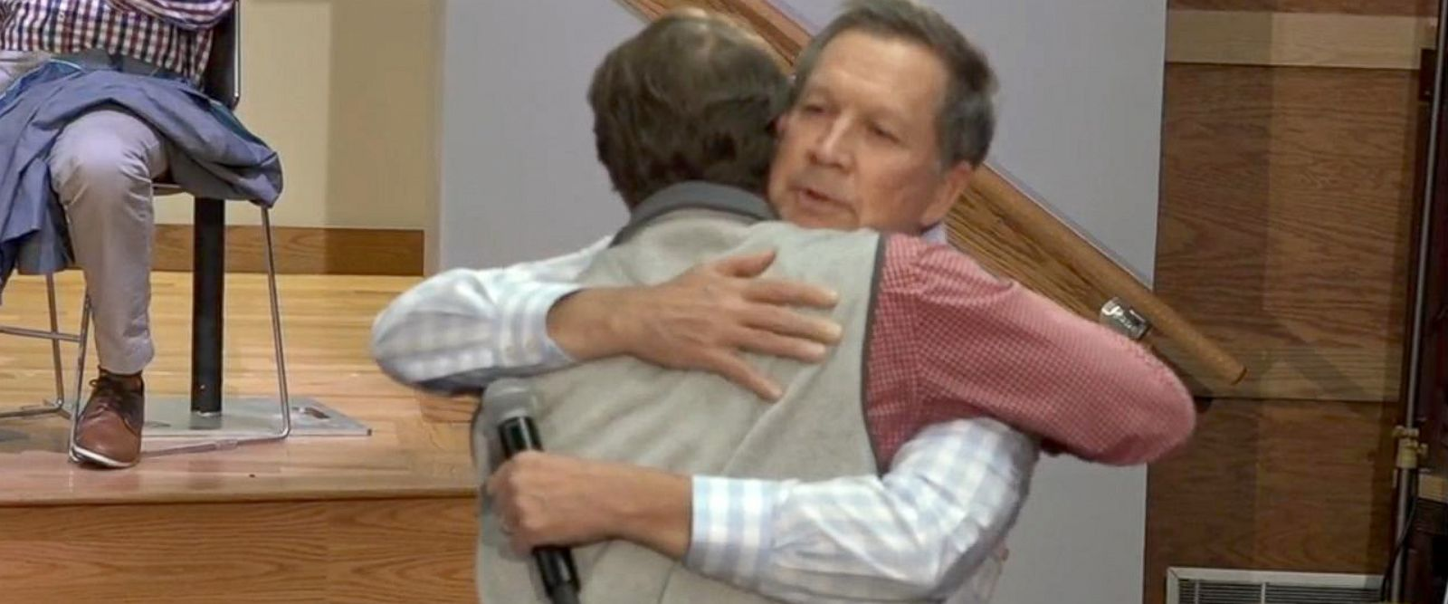 PHOTO: At a town hall in Clemson, South Carolina, Ohio Gov. John Kasich hugged a young man who shared an emotional story of why hes supporting Kasich for president.