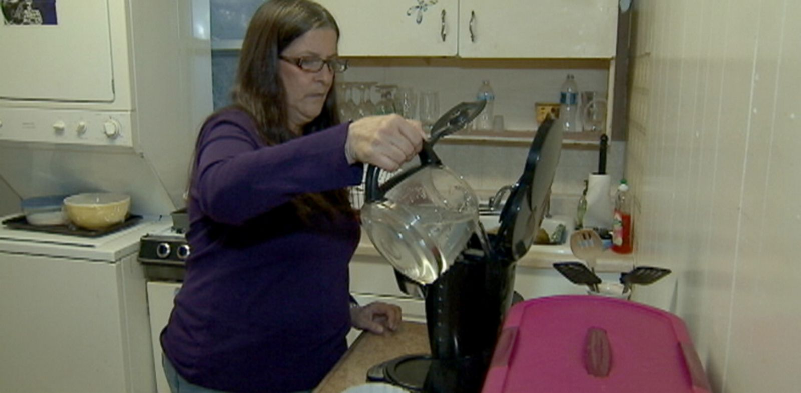 "PHOTO: Kathy Biscotti says she is in a ""panic"" over the expiration of her jobless benefits."