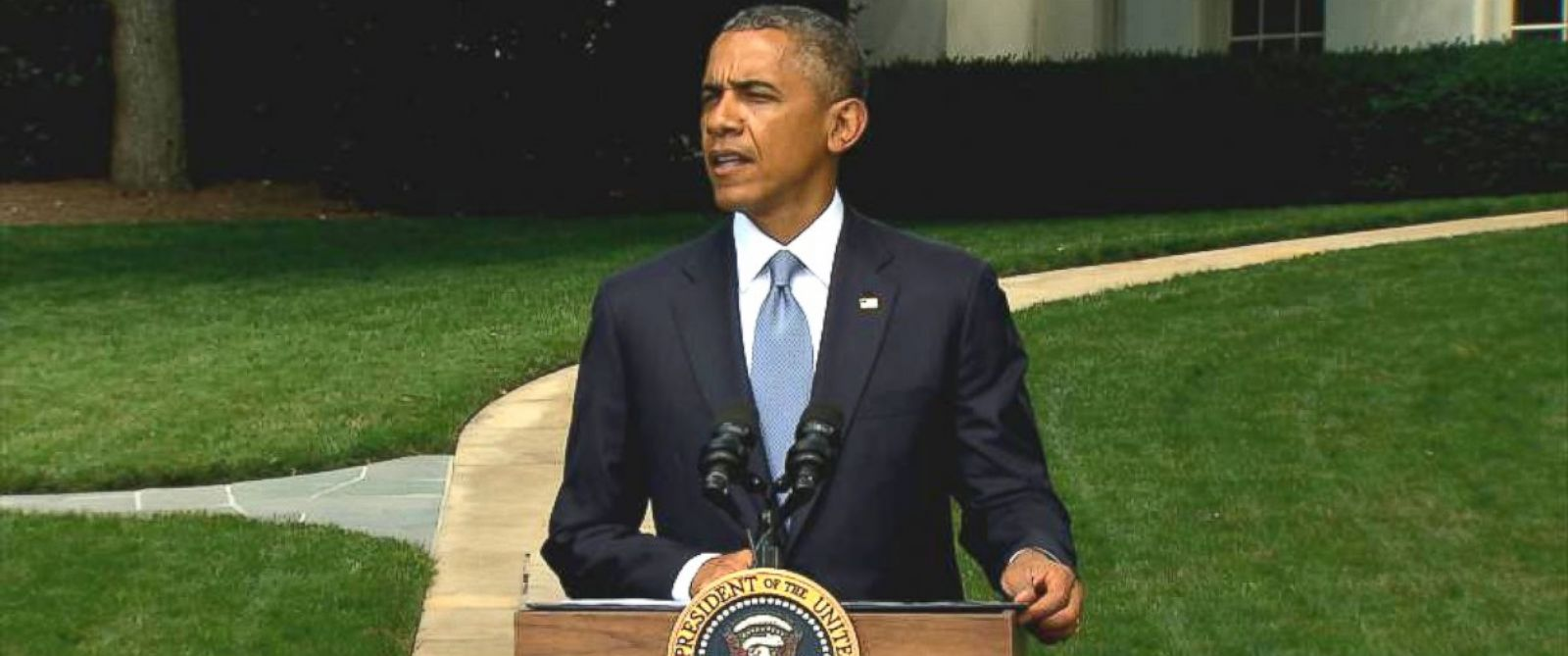 PHOTO: President Obama delivers a statement on the situation in Ukraine during a press conference on the South Lawn of the White House, Washington, July 21, 2014.