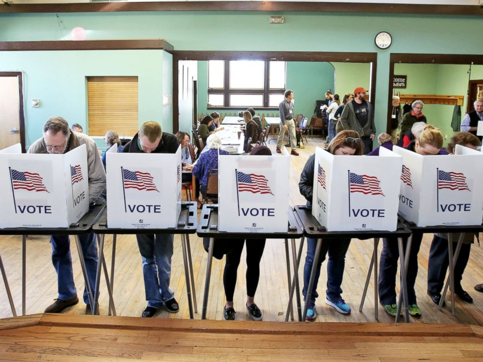 PHOTO: Voters cast their ballots at the Wil-Mar Neighborhood Center on the Near East Side of Madison, Wisconsin, Nov. 8, 2016.