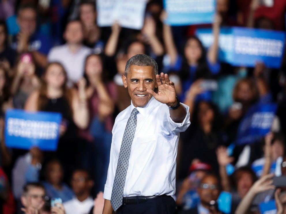 PHOTO: President Barack Obama waves to the crowd at a campaign event for Democratic presidential candidate Hillary Clinton at Capital University, Nov. 1, 2016, in Columbus, Ohio.