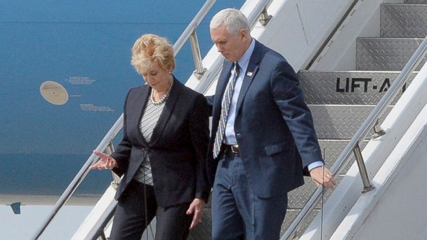 PHOTO: Vice President Mike Pence and Small Business Administrator Linda McMahon arrive at Yeager Airport in Charleston, W. Va., March 25, 2017 to travel by motorcade to Putnam County for a meeting with small business operators.