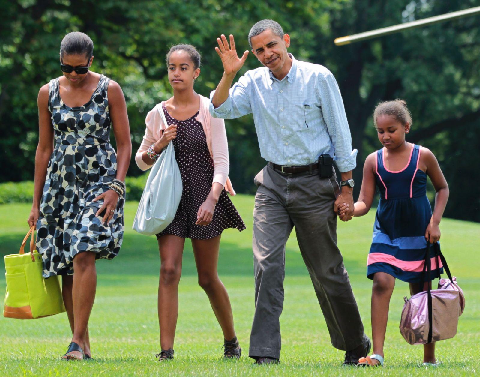 Malia and Sasha Obama Through the Years Photos - ABC News
